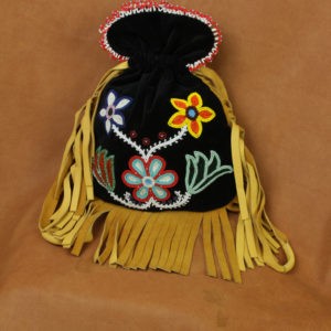 10727-5-woodlands-ojibwe-beaded-bag-floral