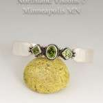 14002-Peridot-Silver-bracelet-Contemporary-jewelry-native-american-hand-made